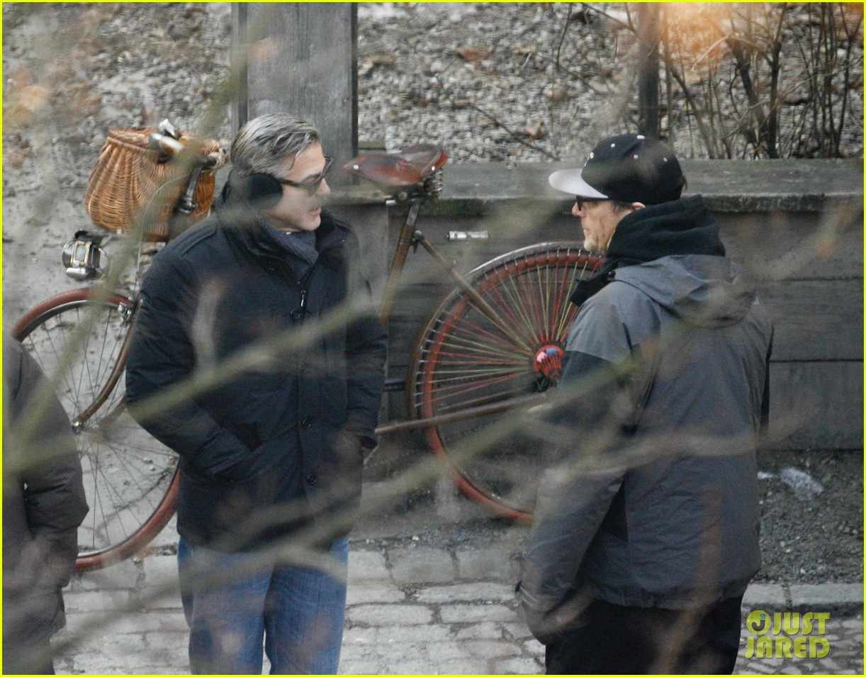 george clooney matt damon the monuments men in berlin 32