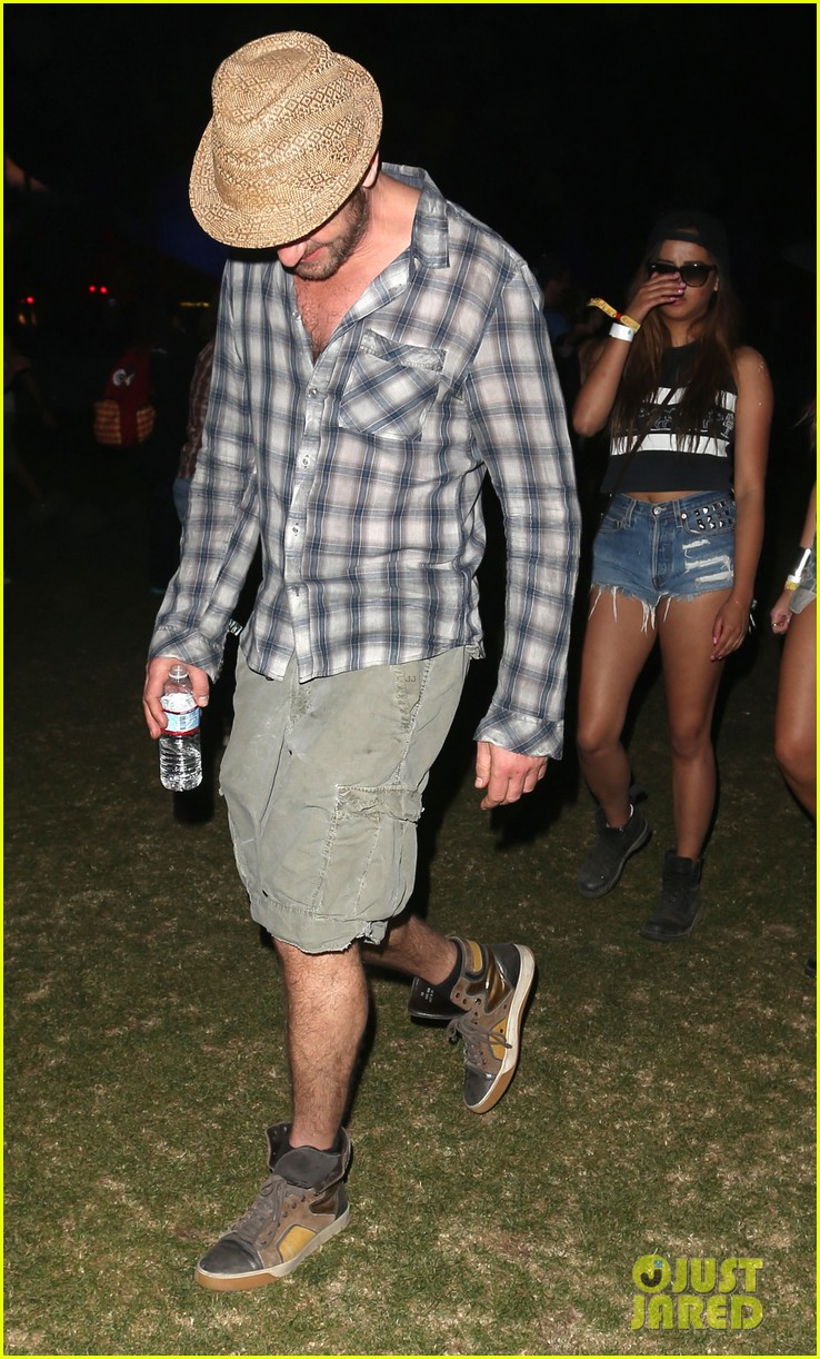 gerard butler jessica alba coachella weekend two 072854738