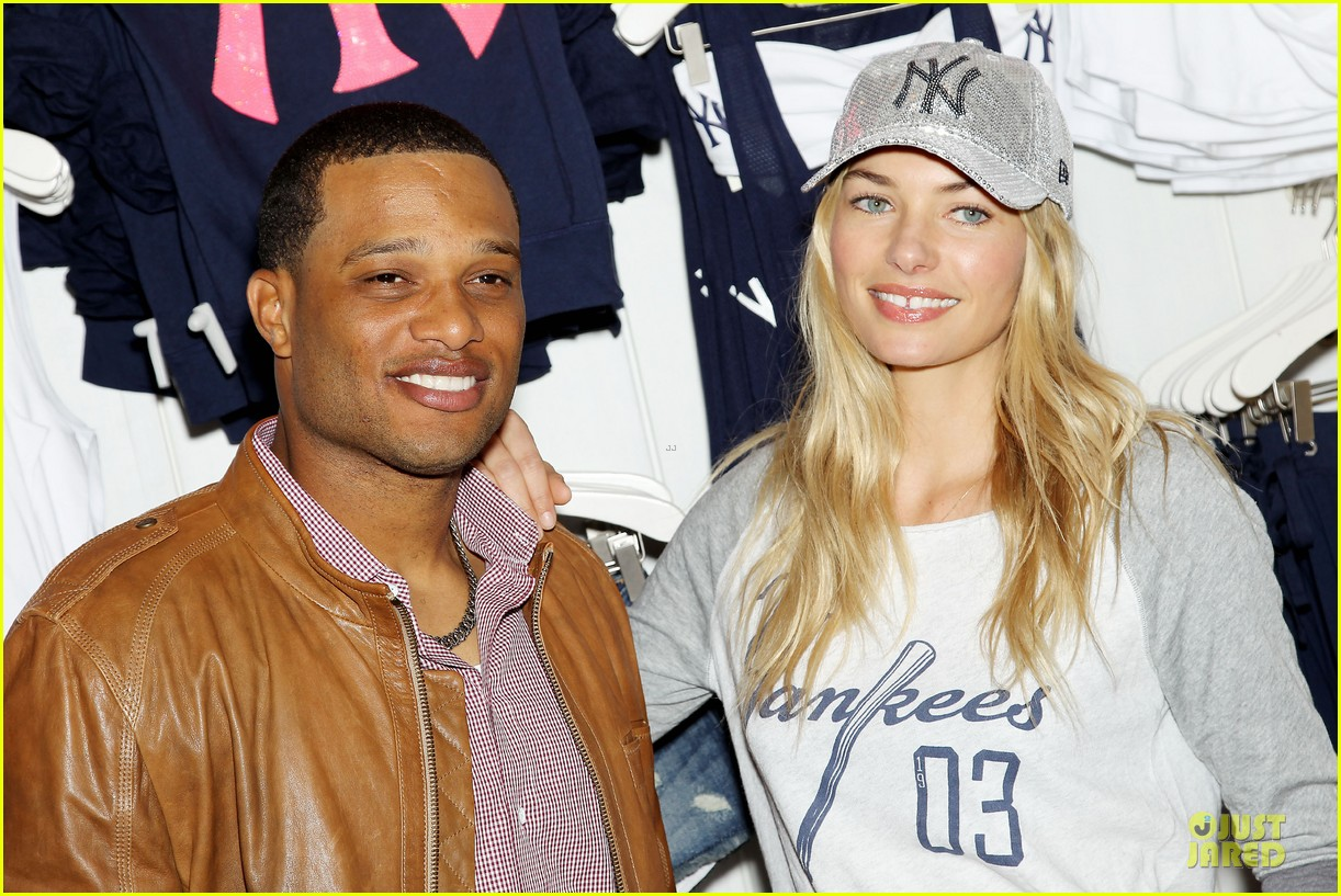 jessica hart yankees opening day new pink mlb collection celebration 31