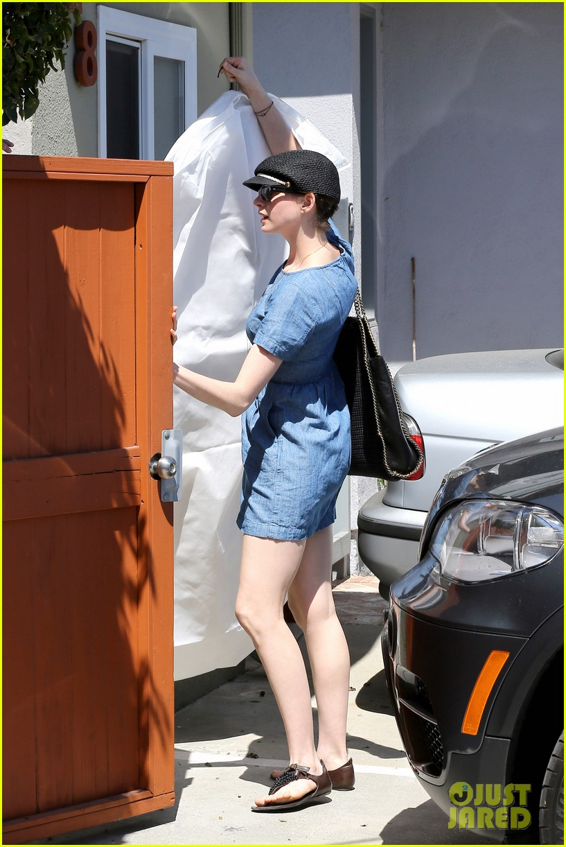 anne hathaway dry cleaning pick up 112852696