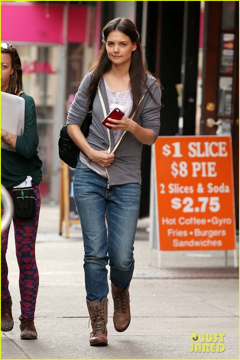 katie holmes filming new movie with spike lee 05
