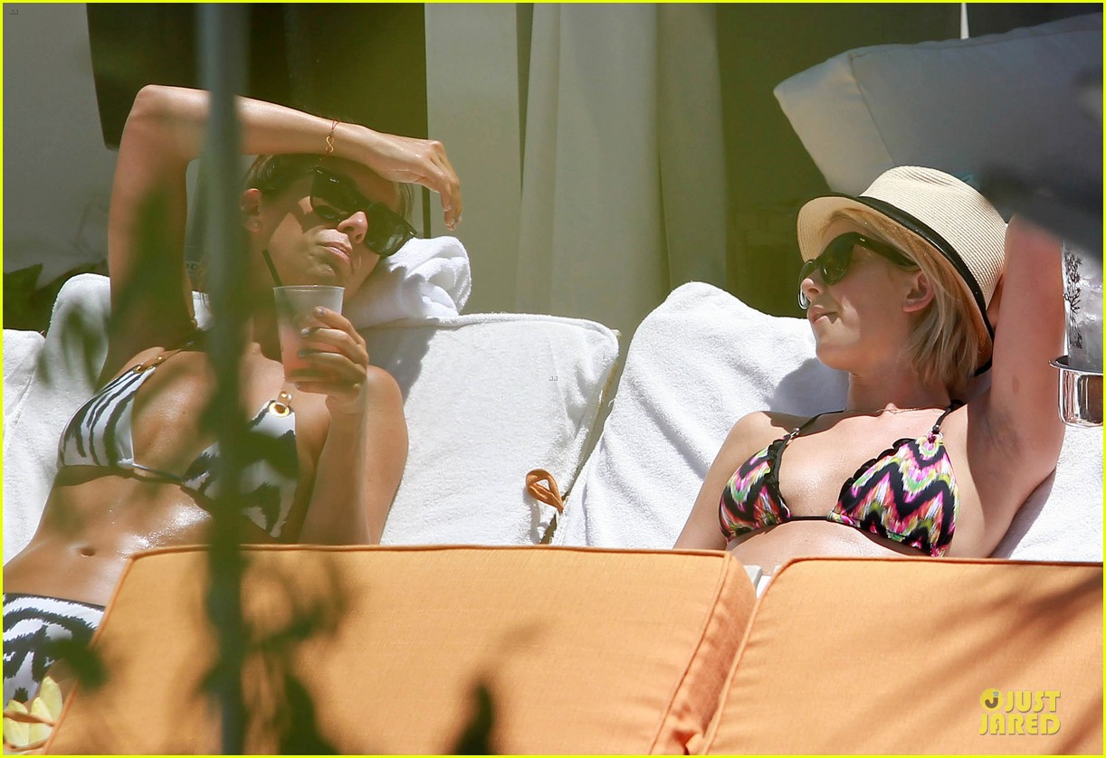 julianne hough nina dobrev bikini miami babes 41