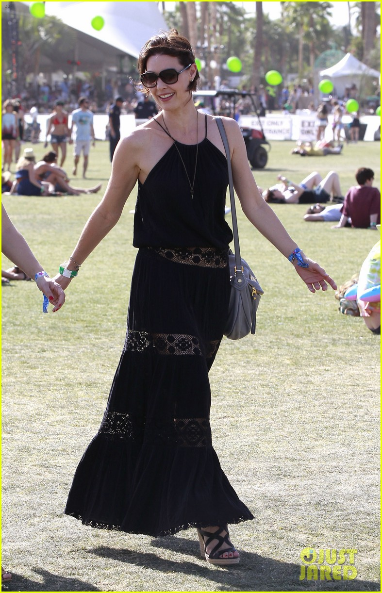julianne hough jared leto coachella day 3 roundup 072850571