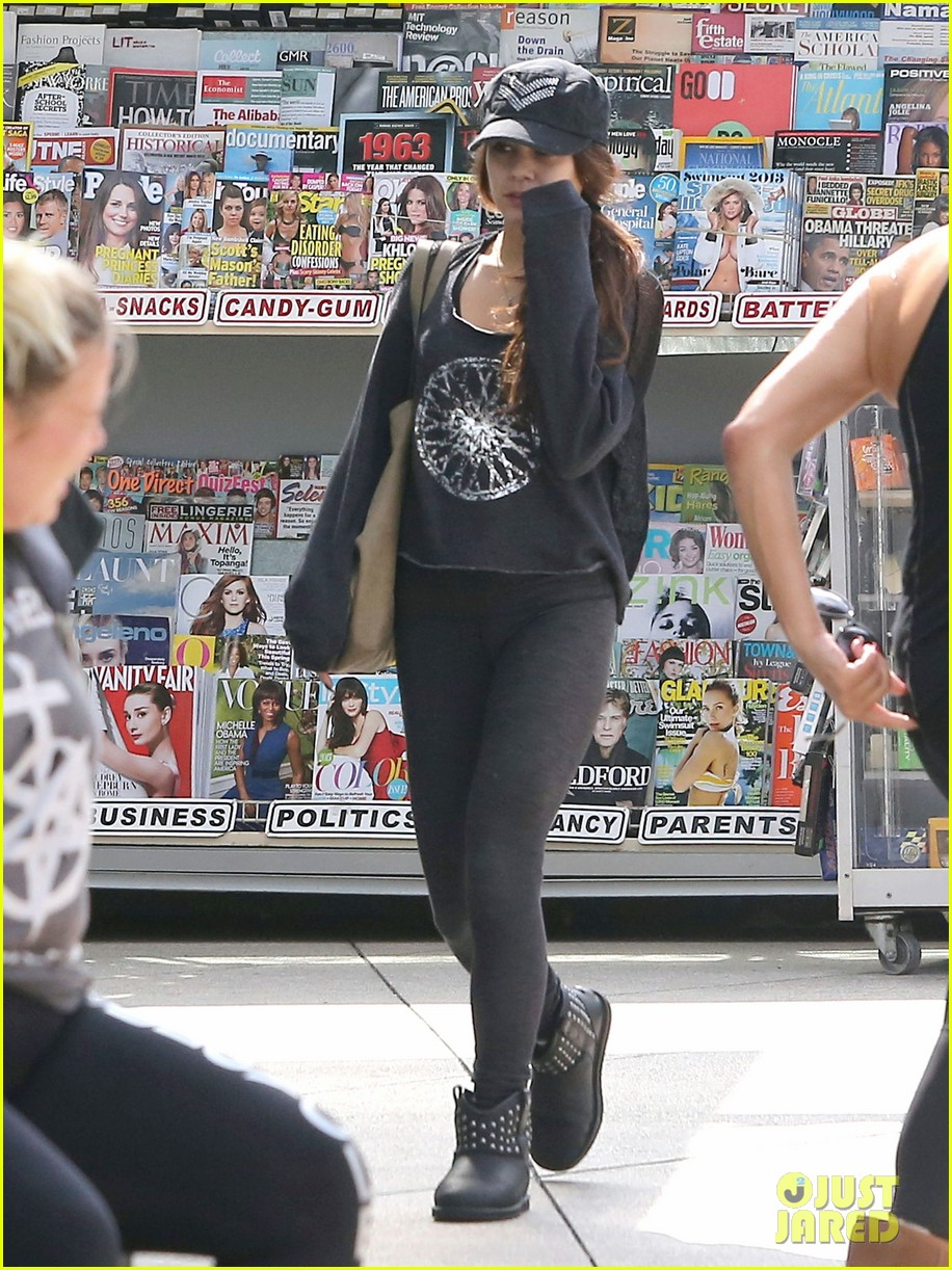 vanessa hudgens morning workout in west hollywood 06