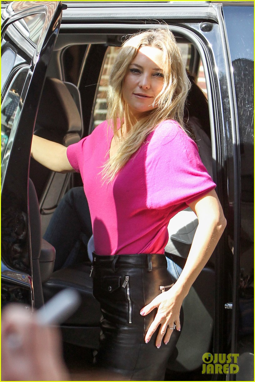 kate hudson late show with david letterman 152857420