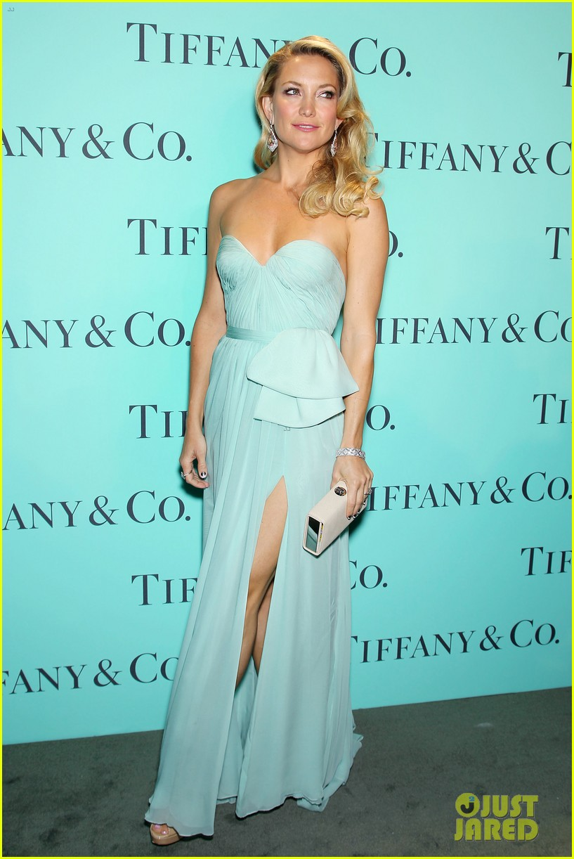 kate hudson carey mulligan tiffany blue book gala 102853095
