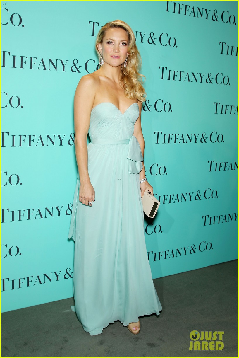 kate hudson carey mulligan tiffany blue book gala 19