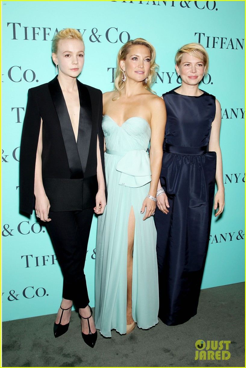 kate hudson carey mulligan tiffany blue book gala 21