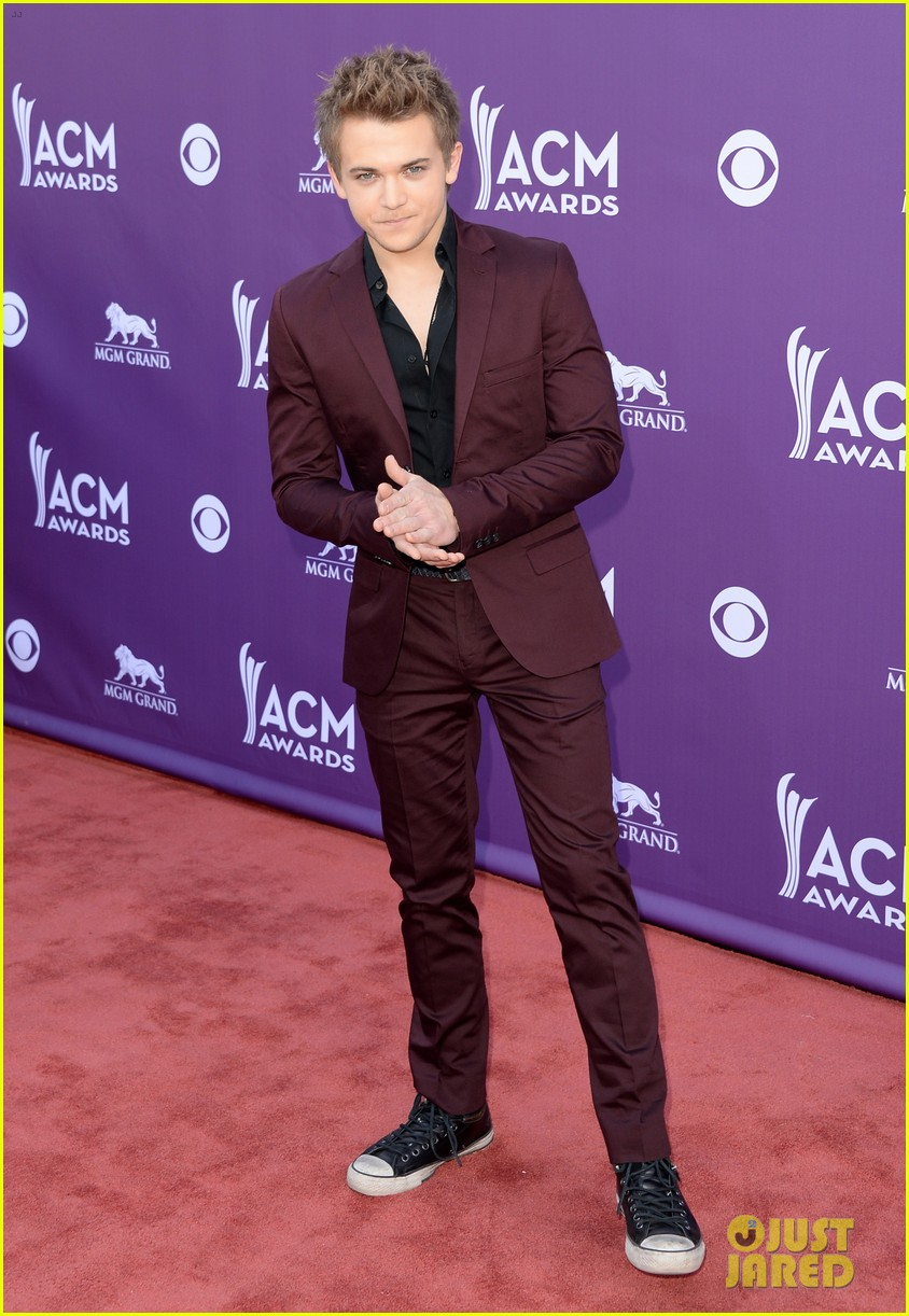 hunter hayes acm awards 2013 red carpet 032845075