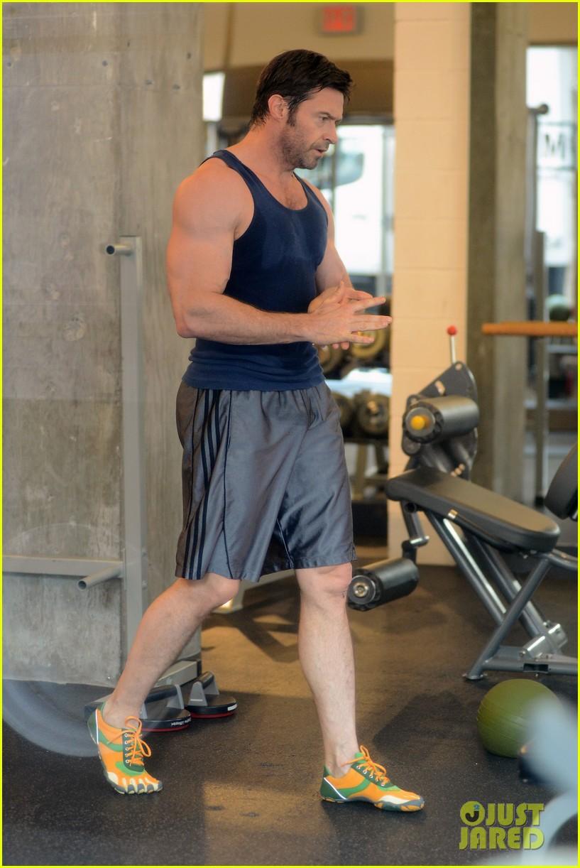 hugh jackman bulging bicep workout 012847022