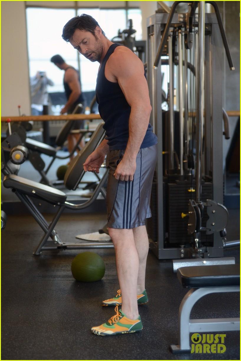 hugh jackman bulging bicep workout 20