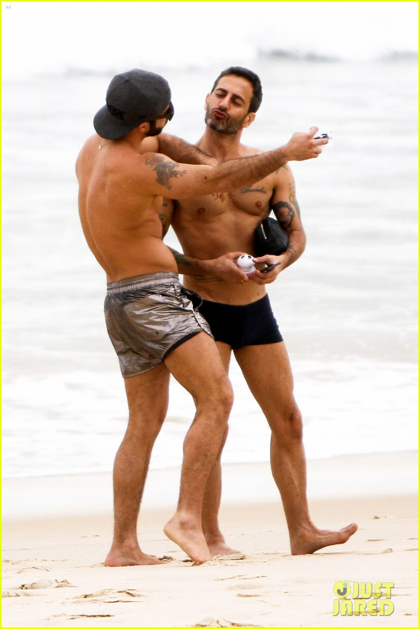 marc jacobs harry louis shirtless sexy in rio 09