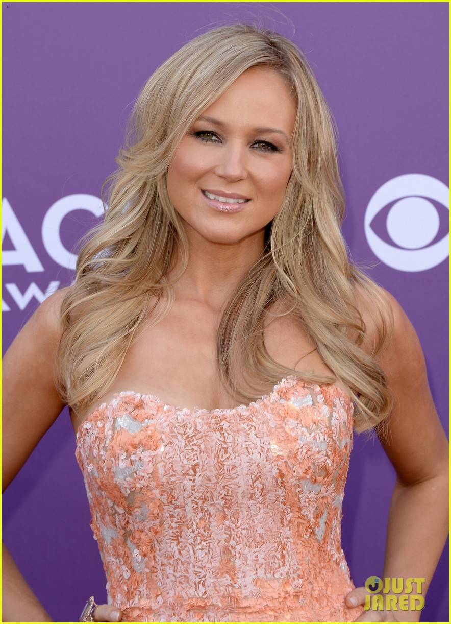jewel acm awards 2013 red carpet 04