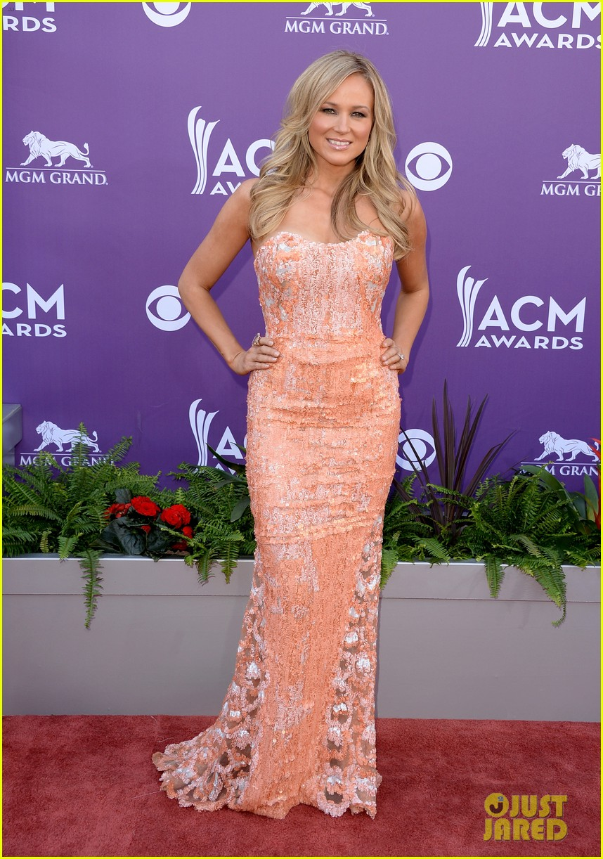 jewel acm awards 2013 red carpet 05