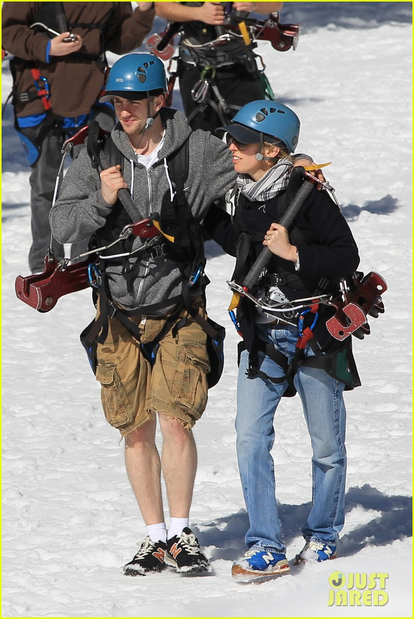 aaron taylor johnson wife sam easter ziplining 11