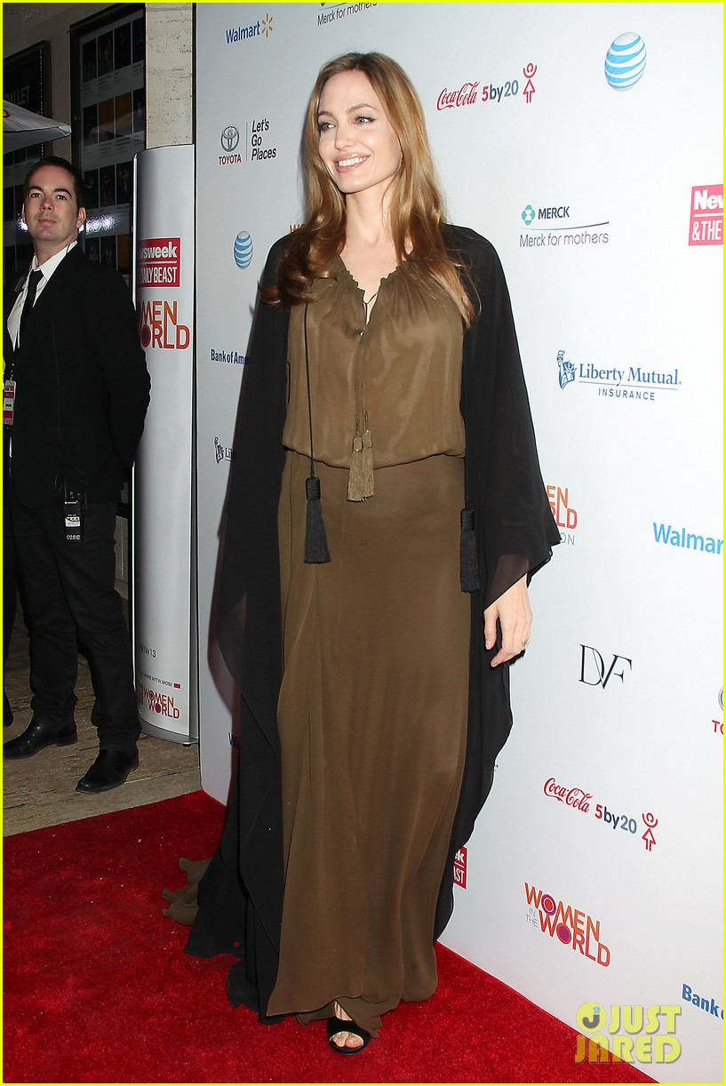 angelina jolie women in the world gala at lincoln center 2013 01