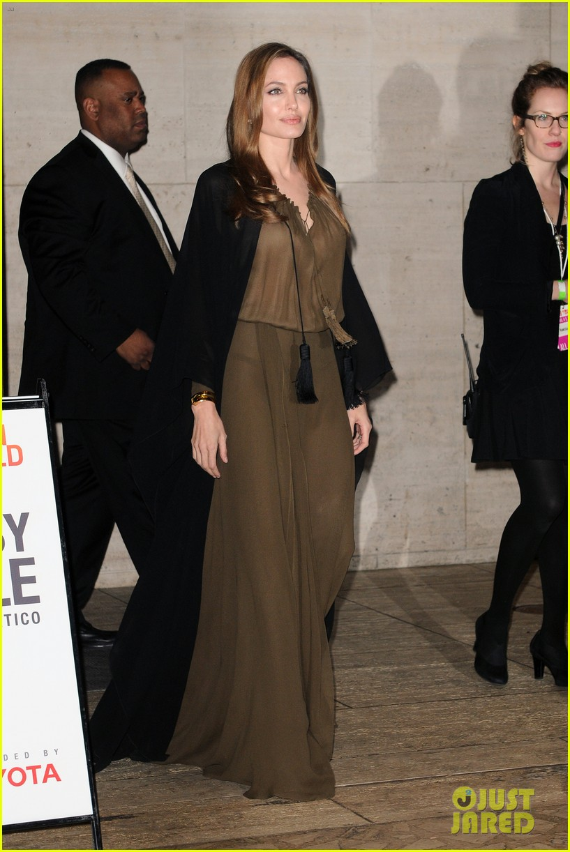 angelina jolie women in the world gala at lincoln center 2013 05