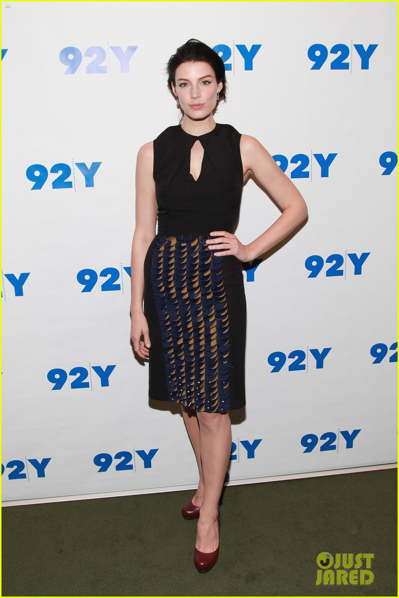 january jones jessica pare 92y talk with matthew weiner 012857782