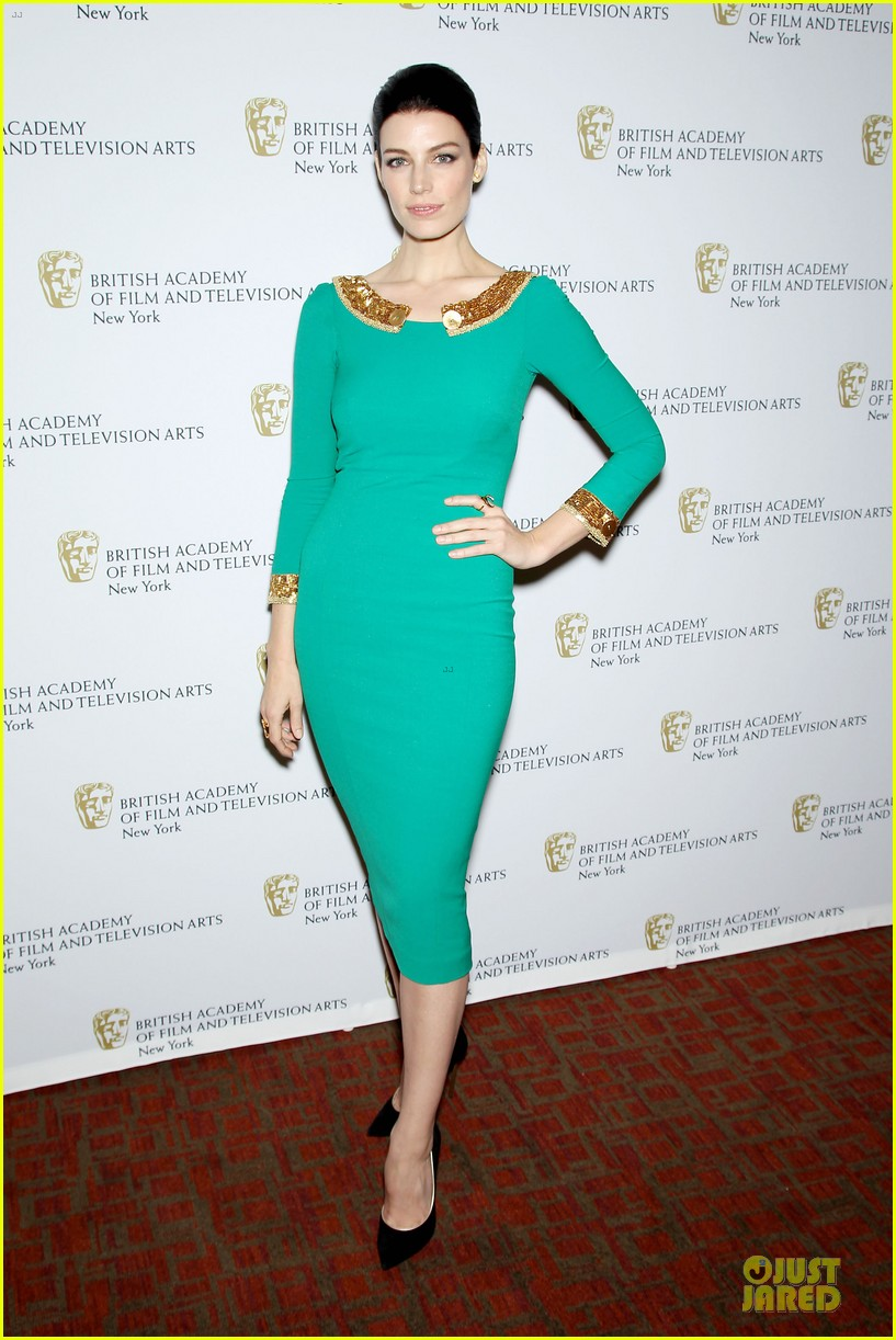 january jones christina hendricks bafta mad men panel 032856084