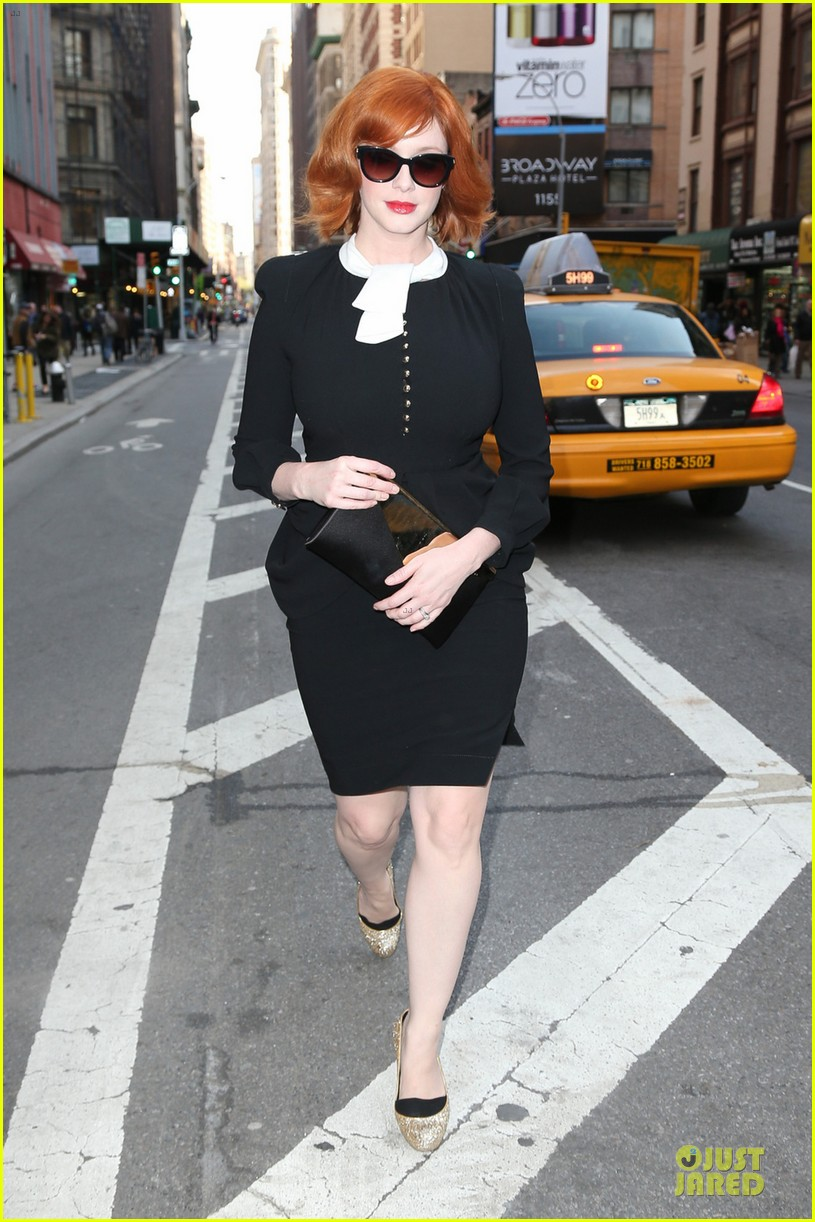 january jones christina hendricks bafta mad men panel 042856085