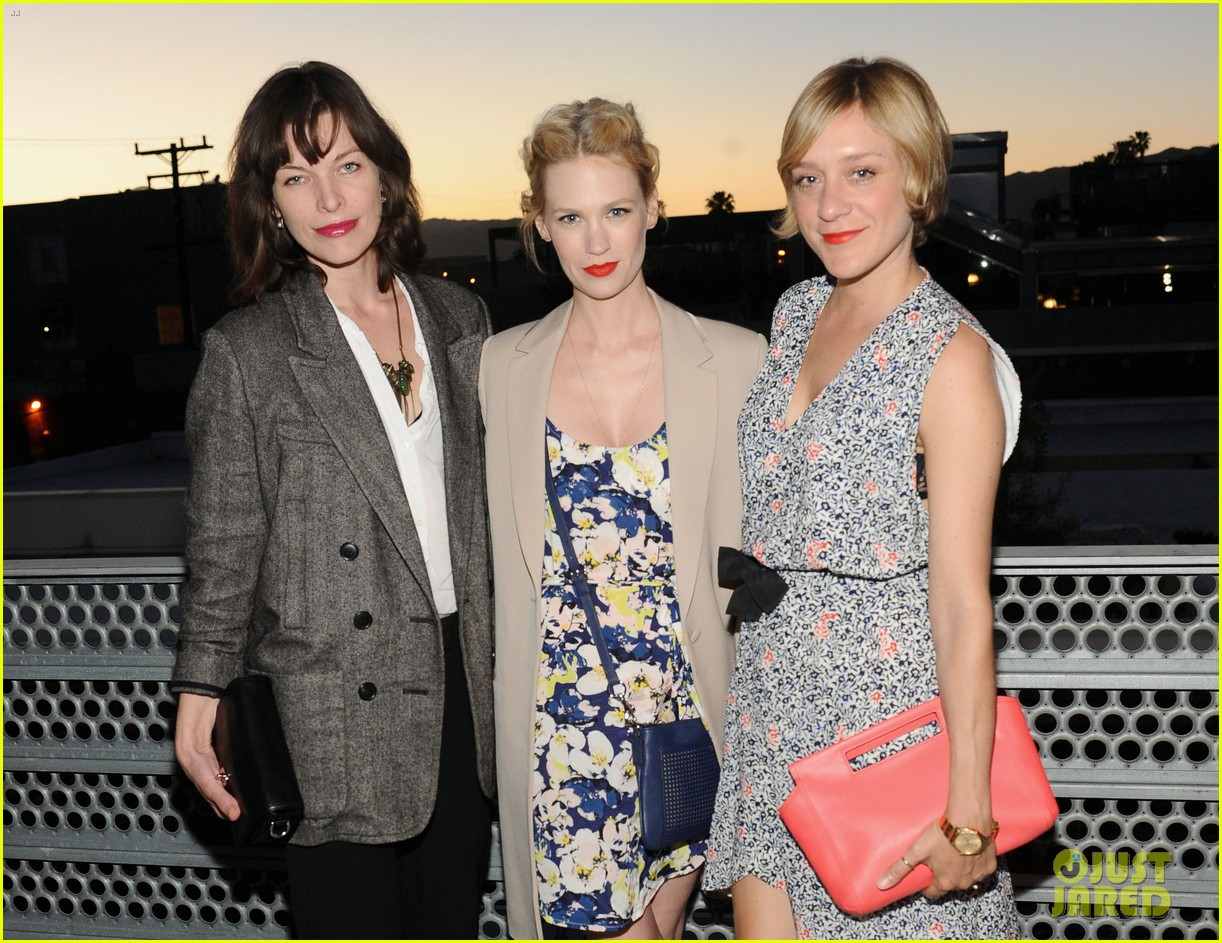 january jones milla jovovich coach evening of cocktails 06
