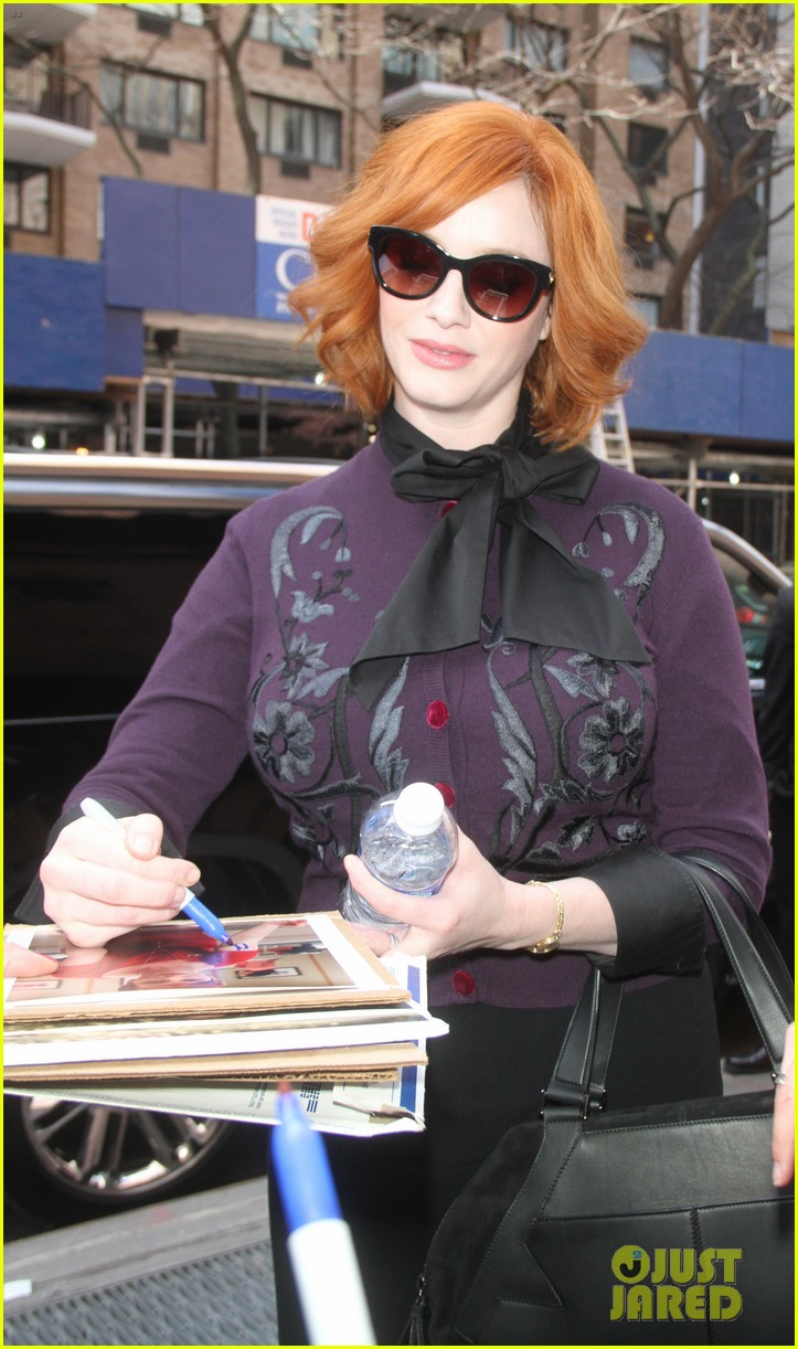 january jones christina hendricks mad men at katie 24