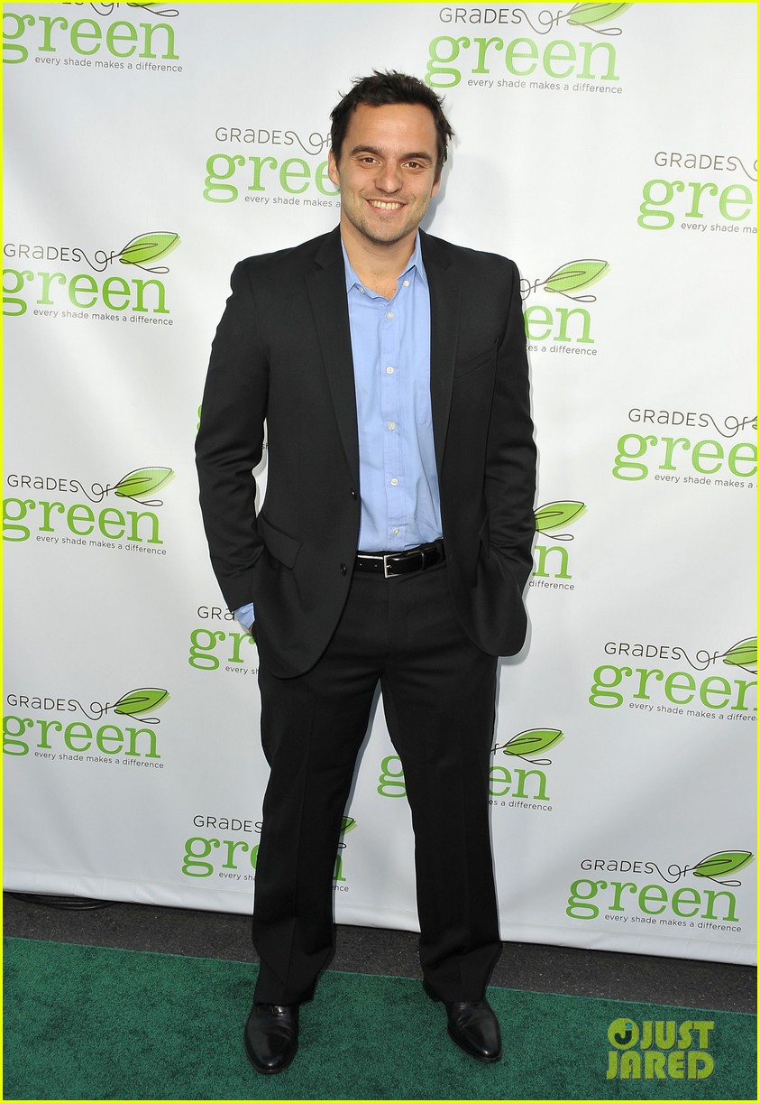 mindy kaling darren criss verde grades of green fundraiser 08