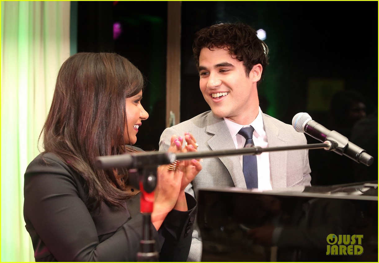 mindy kaling darren criss verde grades of green fundraiser 17