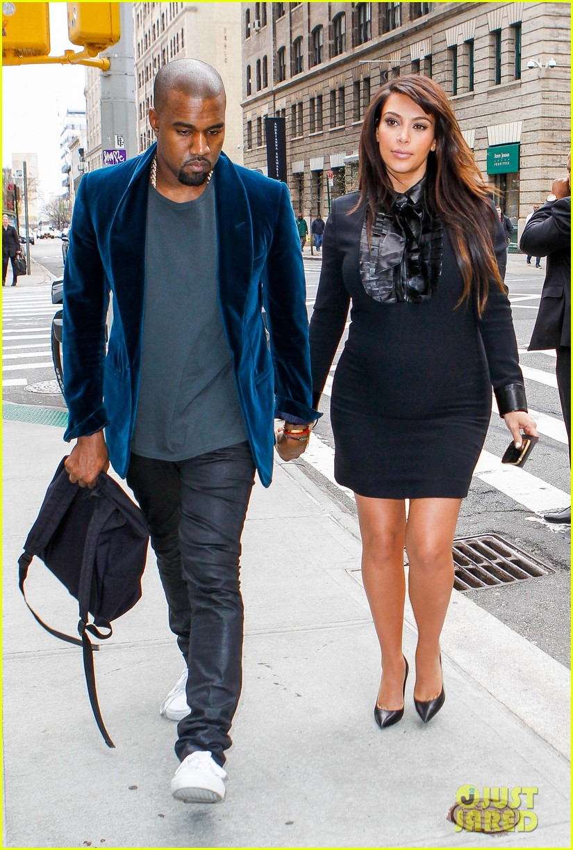 kim kardashian kanye west hold hands in nyc 022856601