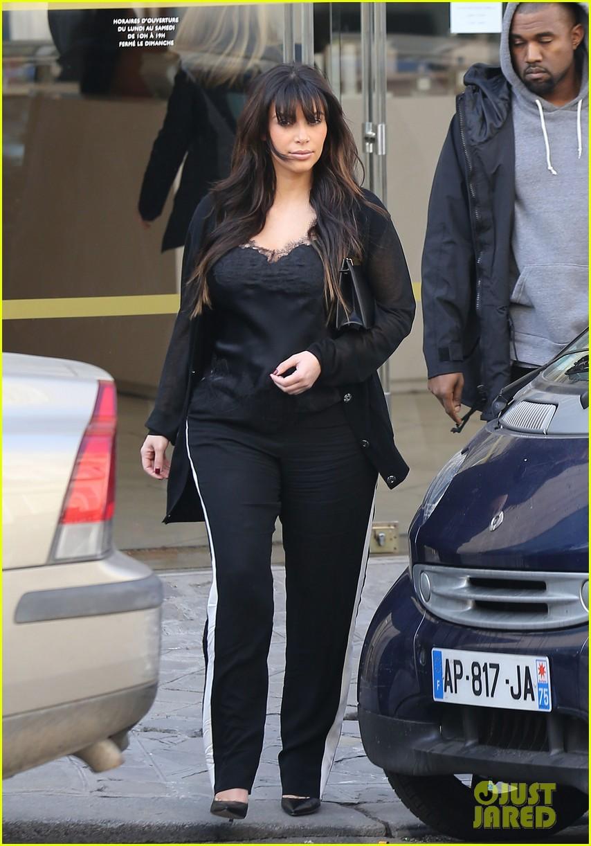 kim kardashian pregnant paris getaway with kanye west 24