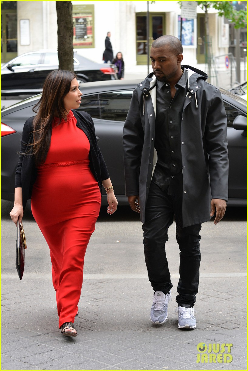 kim kardashian kanye west reunited in paris 28