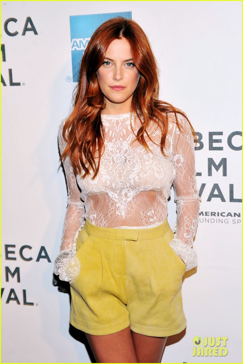 riley keough mistaken for strangers tribeca premiere 06