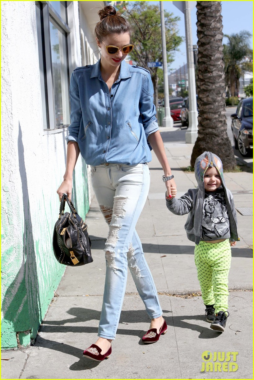 miranda kerr flynn romp around at kids gym 052845567