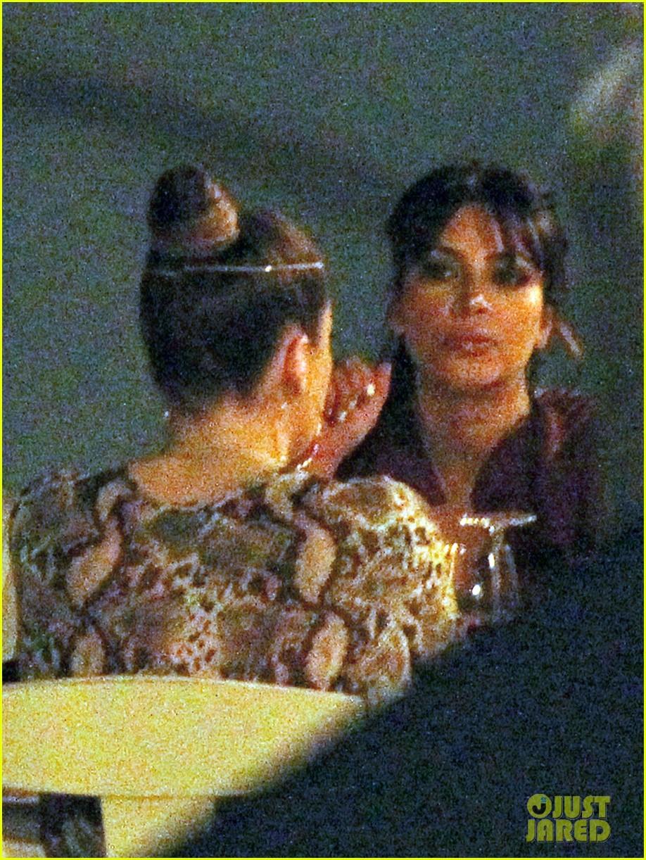 pregnant kim kardashian family boat ride in greece 152860200