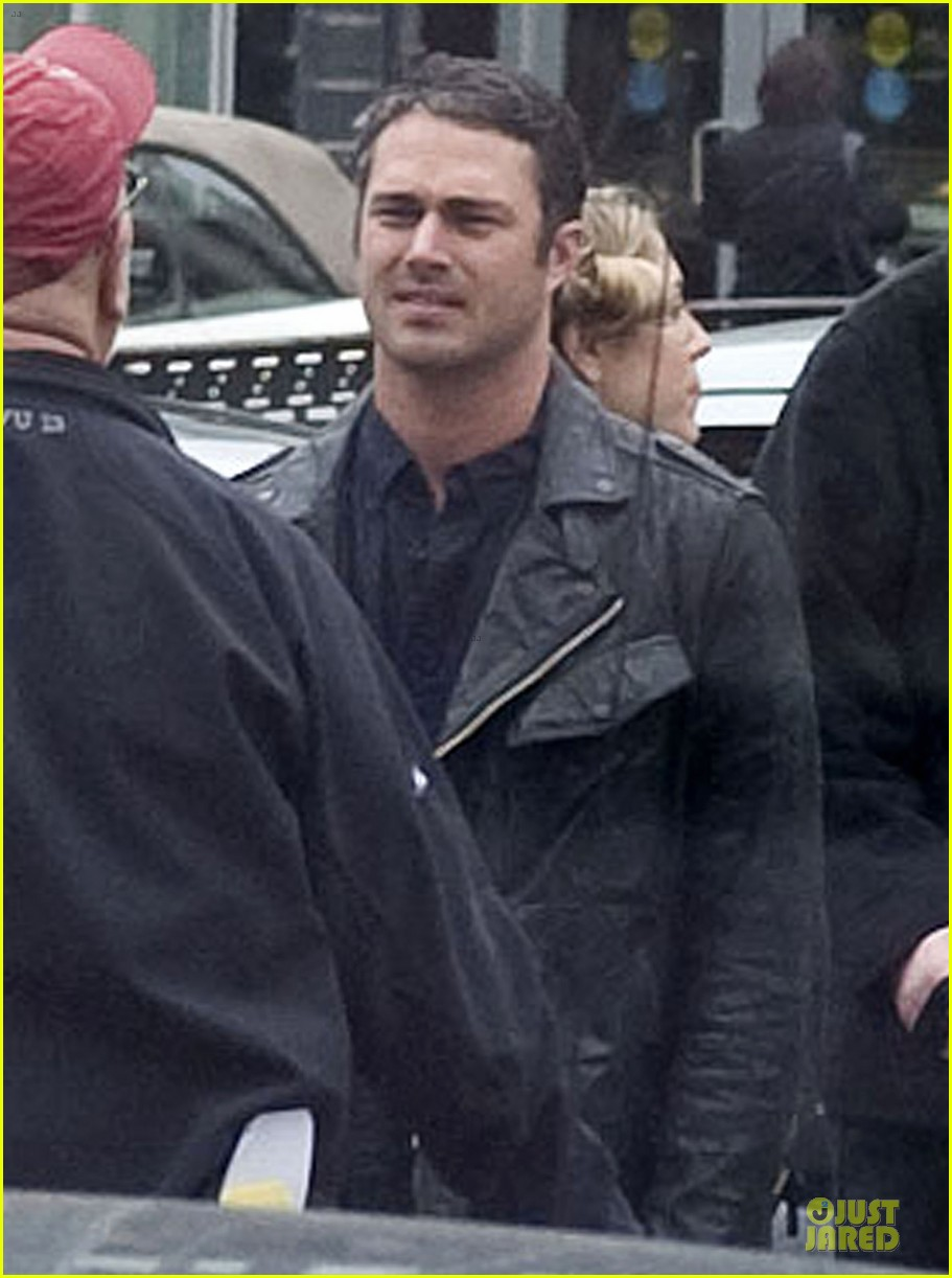 taylor kinney in talks for the other woman 02