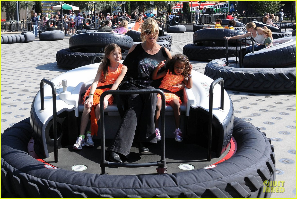 heidi klum martin kirsten disneyland fun with the kids 072844008