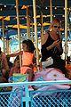 heidi klum martin kirsten disneyland fun with the kids 09
