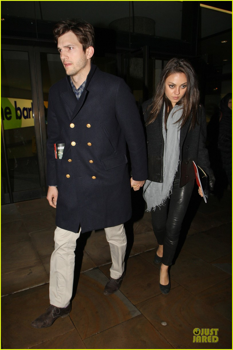 milia kunis ashton kutcher holding hands in london 12
