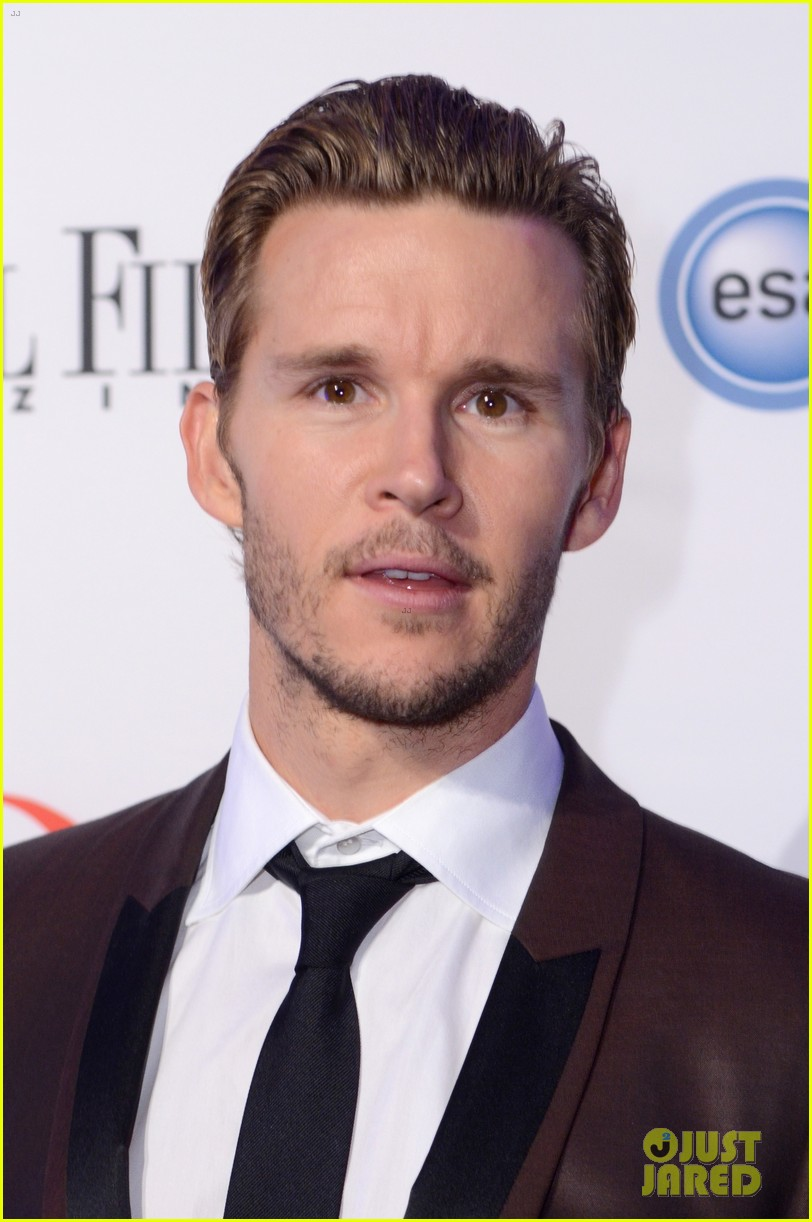 ryan kwanten white house correspondents dinner 2013 02