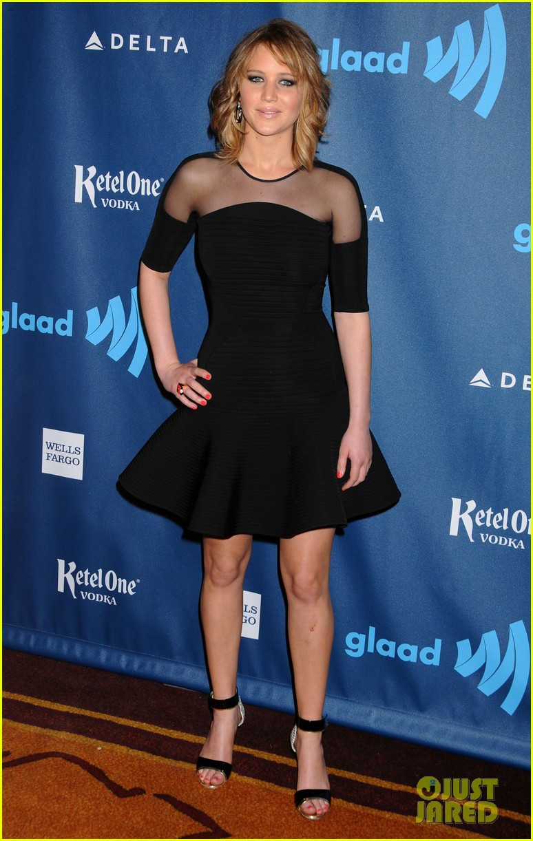 jennifer lawrence new short hair at glaad media awards 2013 102854451