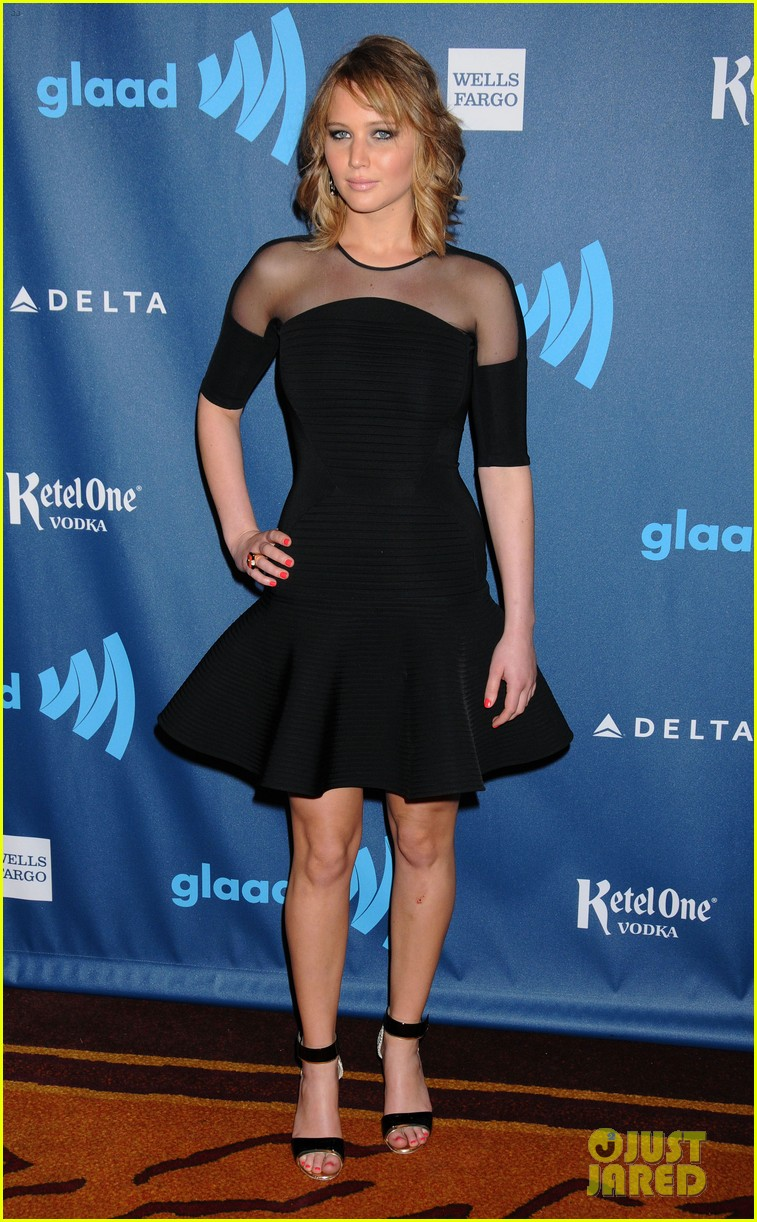 jennifer lawrence new short hair at glaad media awards 2013 13