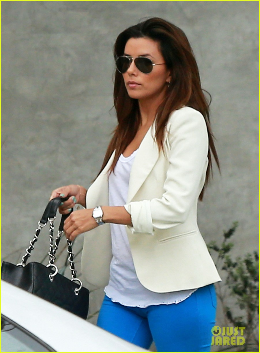 eva longoria errands before food chains fundraiser 14