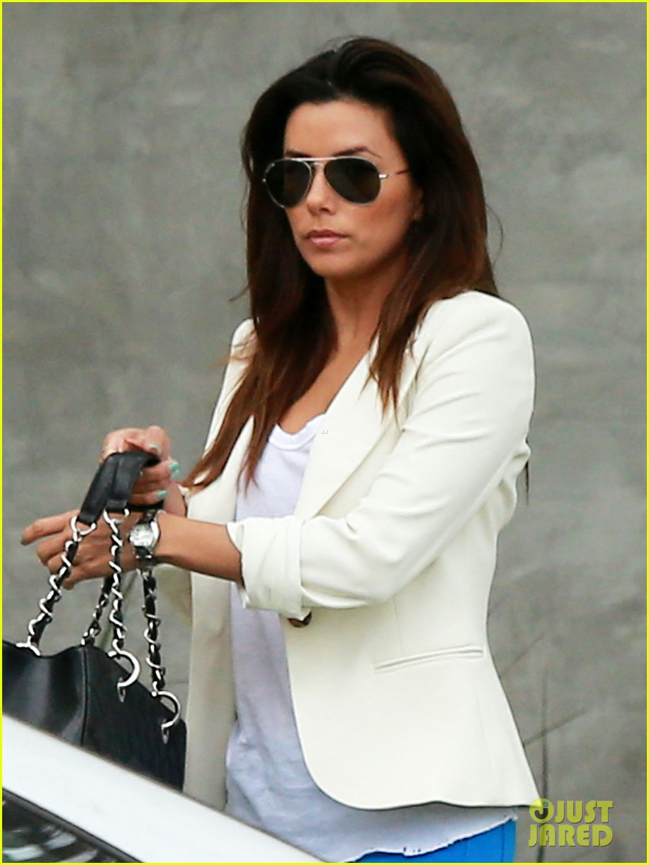 eva longoria errands before food chains fundraiser 152857906