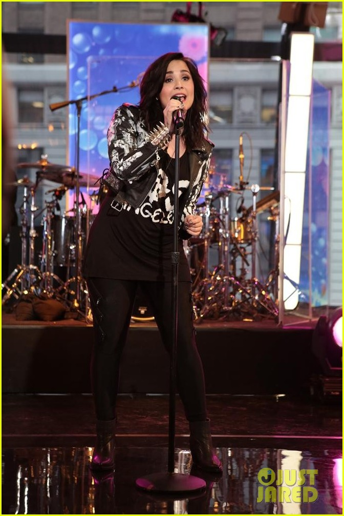 demi lovato heart attack on gma watch now 072846862