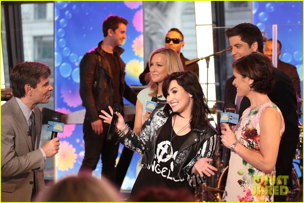 demi lovato heart attack on gma watch now 132846868