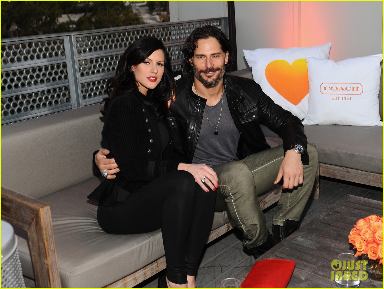 joe manganiello coachs night of shopping with bridget peters 072847615