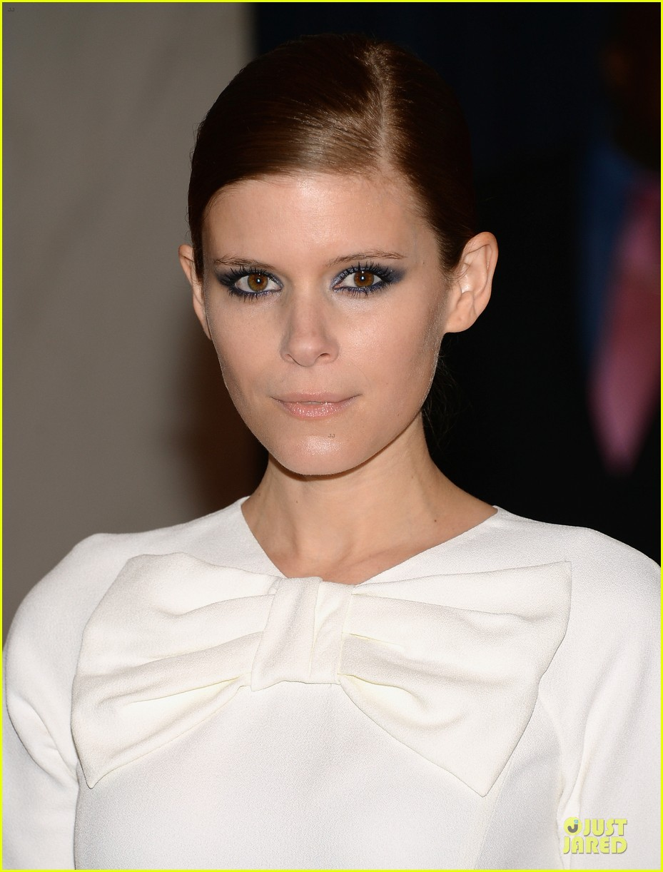 kate mara white house correspondents dinner 2013 red carpet 062859470