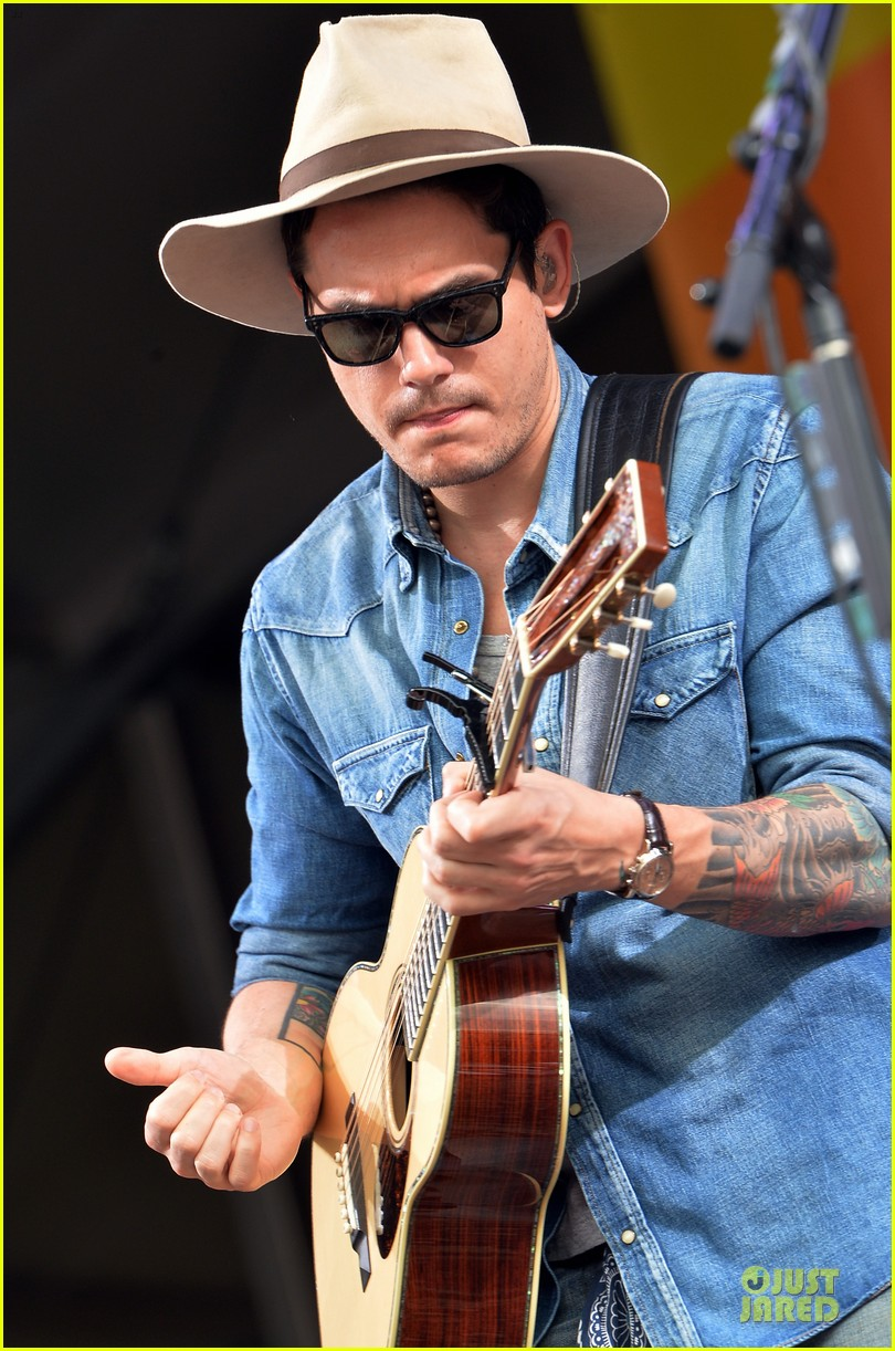 john mayer new orleans jazz heritage music festival 072859247