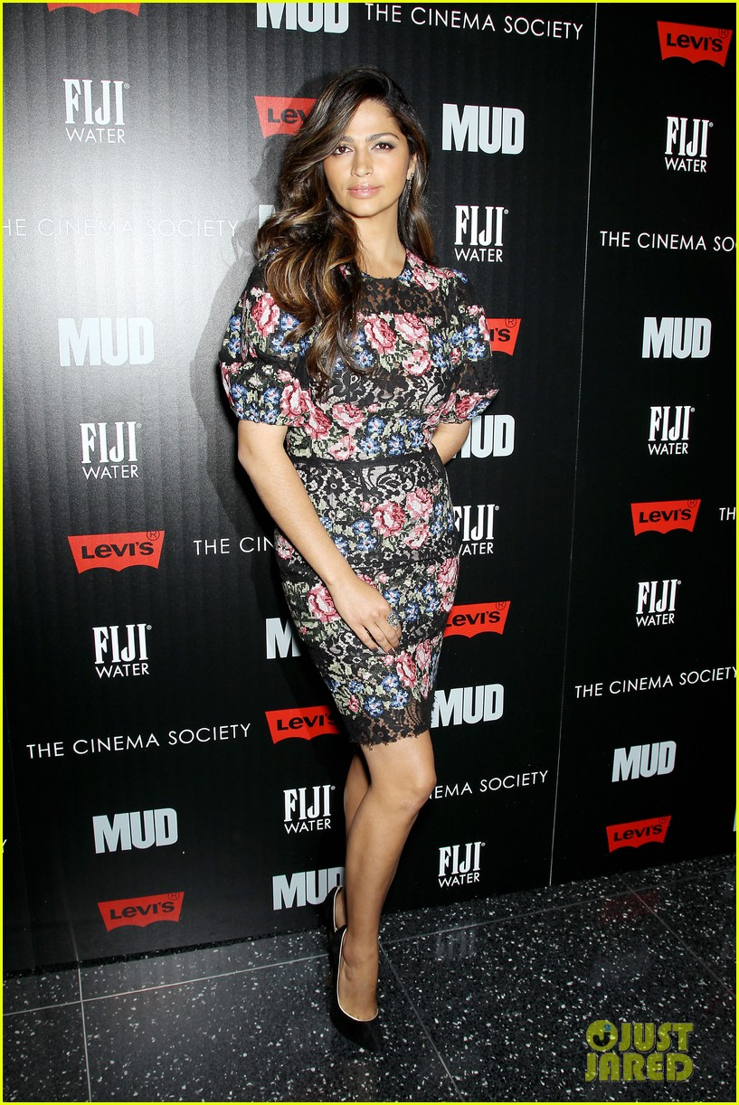 matthew mcconaughey mud screening with camila alves 05