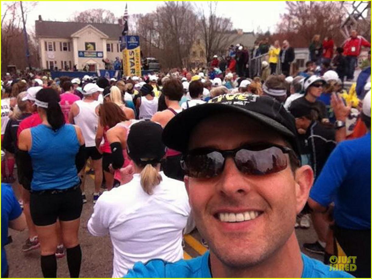 joey mcintyre missed boston marathon explosion by minutes 03